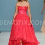 1399545177-barcelona-bridal-week-2014-cymbeline-catwalk-collection-2015_4679363